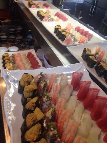 今夜はお寿司がいっぱい(^-^)