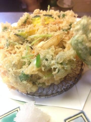 野菜のかき揚げ天ぷら