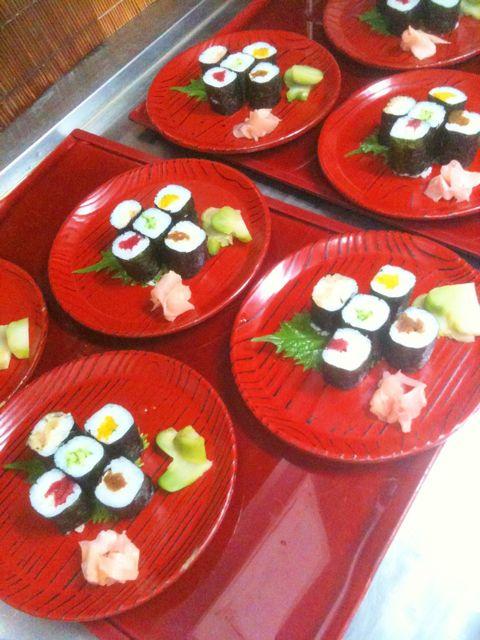 蕎麦前の細巻き寿司