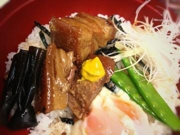琉球長寿豚 角煮丼
