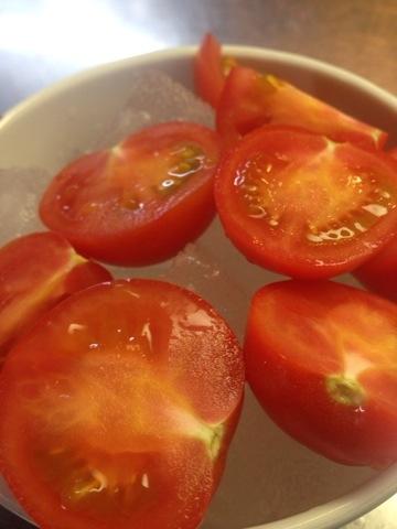相模原産フルティカトマトです。 程良い旨味、甘みですね〜(^O^)/