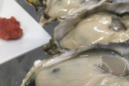 プリプリ牡蠣1個200円!